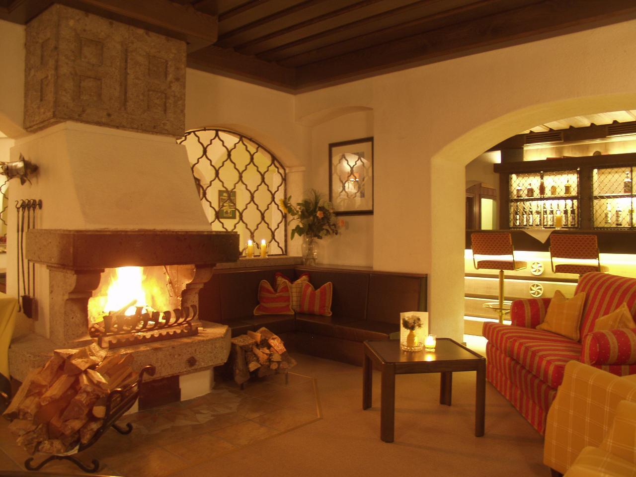 hotels romantische. Black Bedroom Furniture Sets. Home Design Ideas
